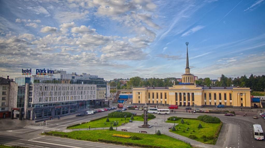Nome:   Park-Inn-by-Radisson-Petrozavodsk.jpg Visite:  287 Grandezza:  88.8 KB