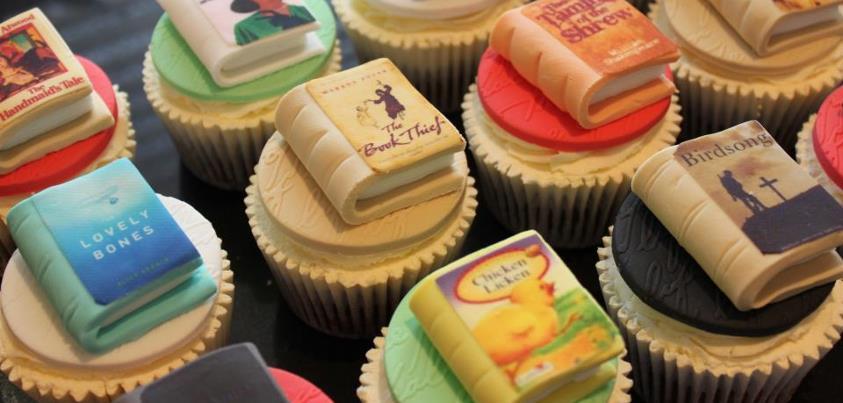 Nome:   Book Cakes.jpg Visite:  873 Grandezza:  50.4 KB