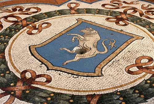 Nome:   milano-galleria-vittorio-emanuele-d.jpg Visite:  73 Grandezza:  47.2 KB