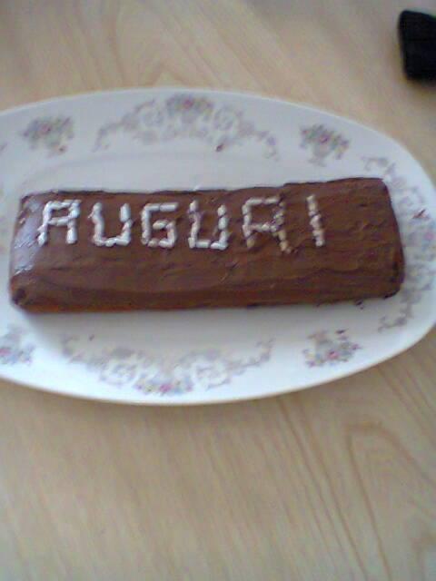 Nome:   torta auguri.jpg Visite:  99 Grandezza:  24.9 KB